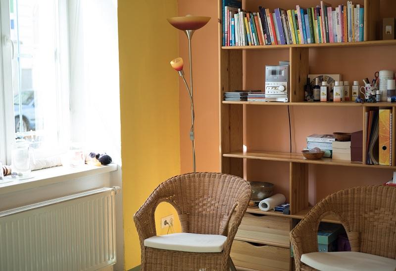 GesundheitLernen Energiezimmer mit Sesseln
