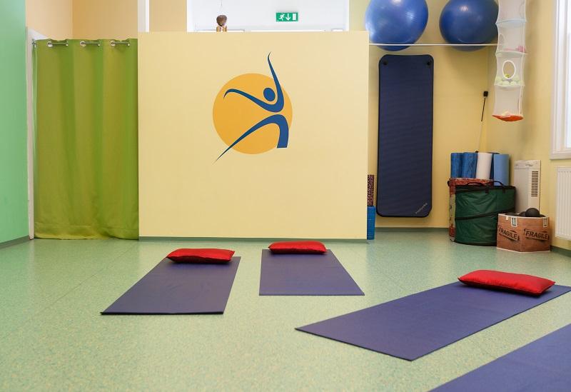 GesundheitLernen Trainingsraum 1 mit Übungsgeräten
