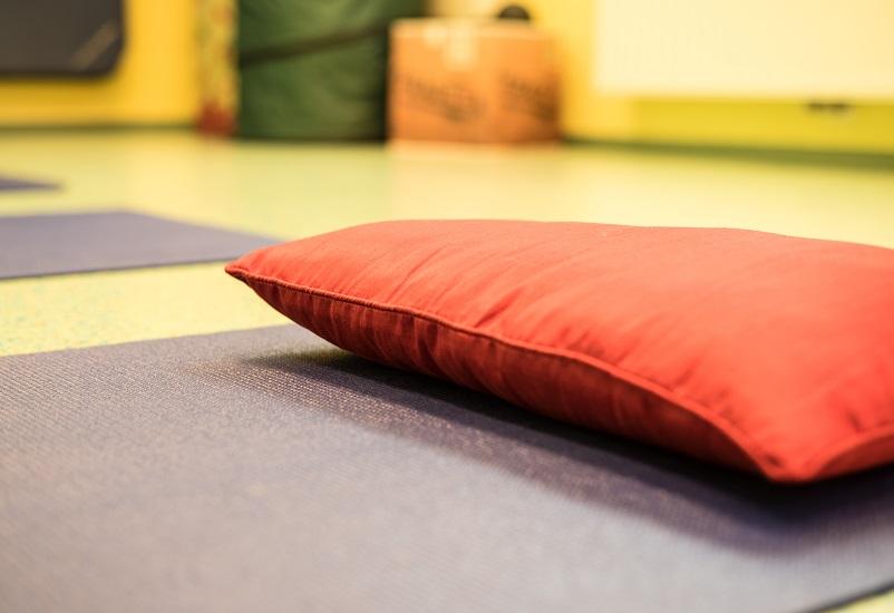 GesundheitLernen Yogamatte und Polster